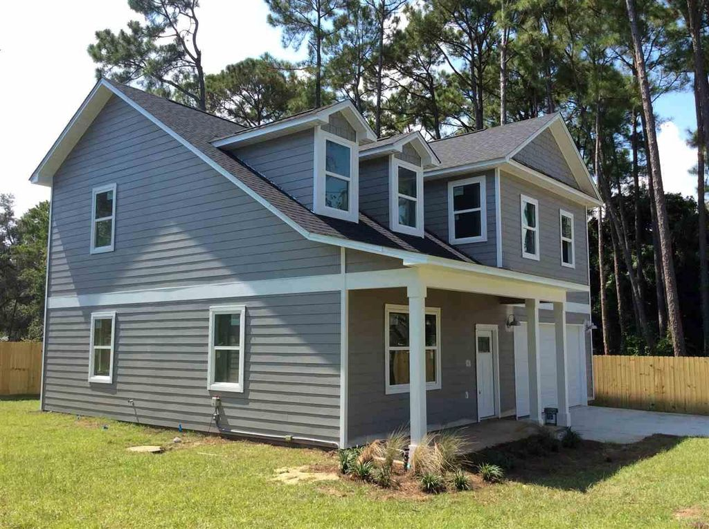Brand New Home close to NAS Pensacola and Pensacola Beach