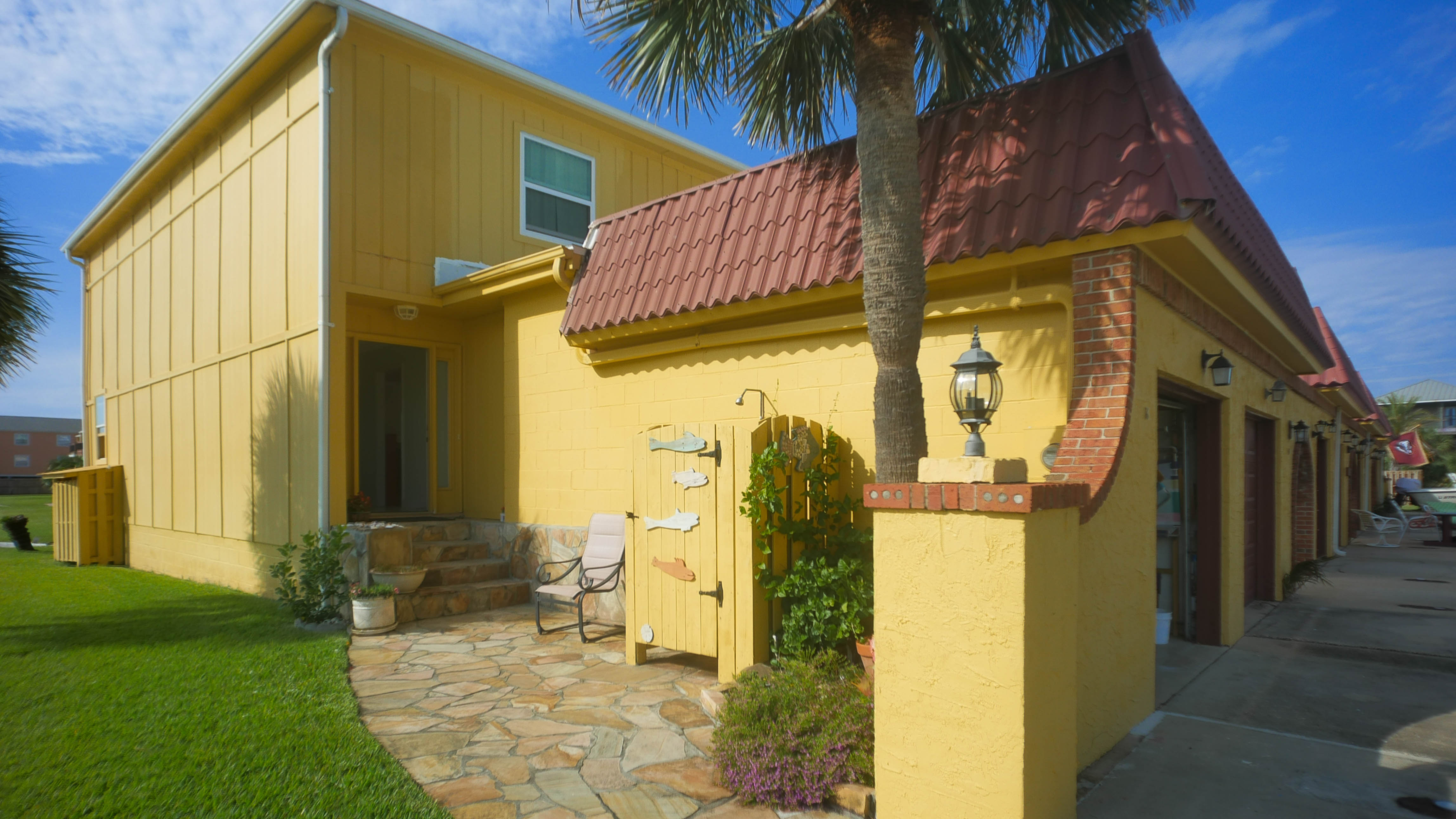 Town-Home just steps away from Pensacola Beach
